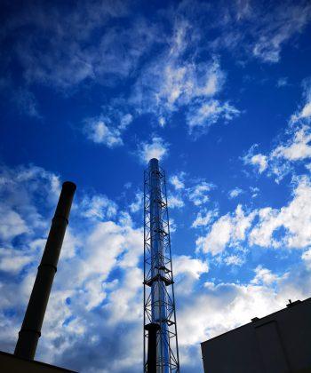 Komin izolowany w konstrukcji wsporczej SM Terespol